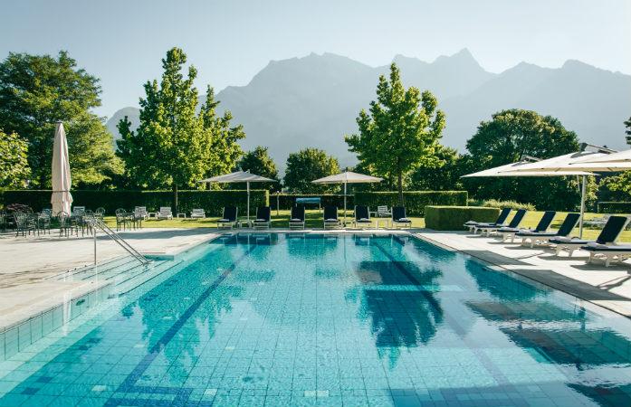 Tamina, Bad rRgaz, l'un des plus anciens bains thermaux en Suisse