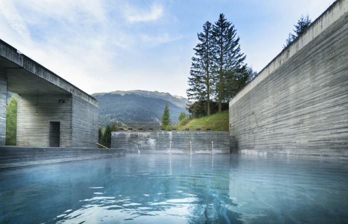 Probablement l'un des plus beaux bains thermaux au monde, les bains de Vals dans les Grisons
