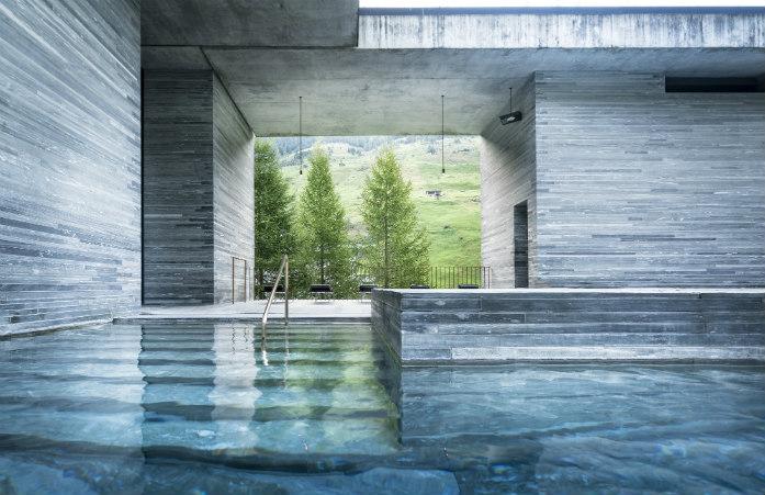 Les bains thermaux de Vals et leur architecture minimaliste et luxueuse